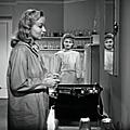 Strange impersonation (1945) d'anthony mann