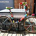 Customisation de velo en yarn bombing ou l' urban knitting bike ep.09 et 10