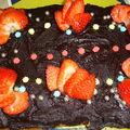 Gâteau fraise nappage chocolat