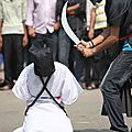 Arabie saoudite les exécutions se produisent en public et par décapitation au sabre aux abords des mosquées.