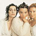 1994, PJ Harvey, Björk et Tori Amos par John Stoddart