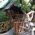 KANCHANABURI/ La guesthouse BLUE STAR