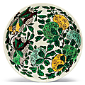 Afamille verte'Dragon' dish, Kangxi six-character mark in underglaze blue within a double circle and of the period (1662-1722)