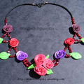 collier roses couleurs
