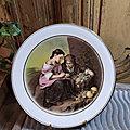 Assiette <b>Porcelaine</b> de <b>Limoges</b> Décor Murillo Le Petit Vendeurs de Fruits