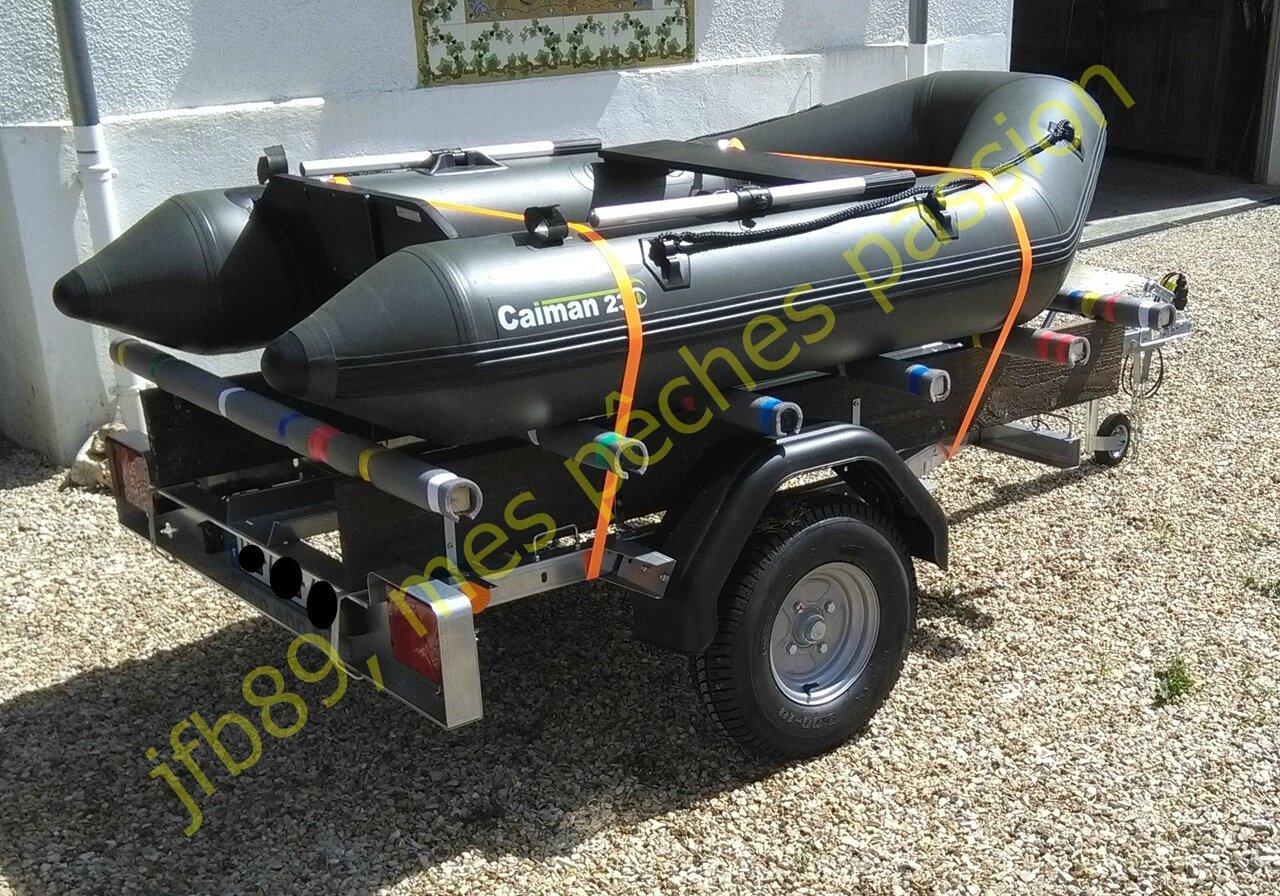 Modifier une remorque pour transporter un bateau léger !!!!