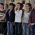 Tonneville dans la hague: les enfants de l'école apprennent encore la langue normande