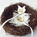 nid d'oiseau porte alliance avec coeur gravé à vos initiales