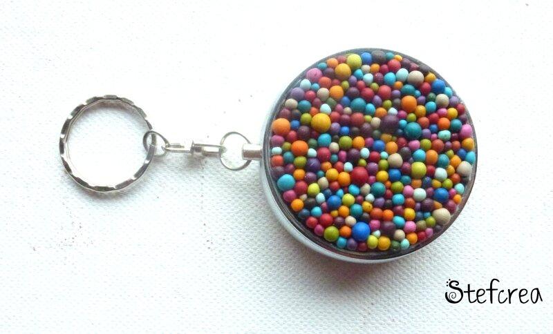 cendrier_poche_boules_multicolores