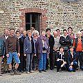 Pom-pom-pom-pom ici dfam 03 les éleveurs bourbonnais parlent aux éleveurs bretons...