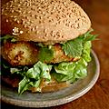 Burger poulet & sauce rhubarbe epicee