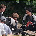jennifer-lawrence-fish-eating-on-hunger-games-set-17