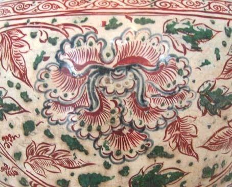 Vase polychrome 15e-16e s. (détail