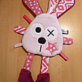 doudou_attache_t_itne_lapin_rose_clair_rose__1_
