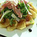 Carpaccio de figues, jambon cru, roquette et parmesan