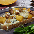 Tartine de potiron, noix et <b>bleu</b> <b>d</b>'<b>Auvergne</b>