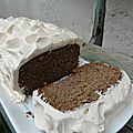 Cake à la <b>farine</b> de lentille verte et à la vanille, chantilly de crème de coco