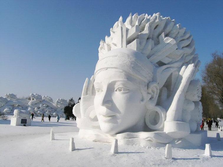 sculptures-de-glace-01