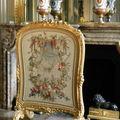 Décoration de cheminée en tapisserie