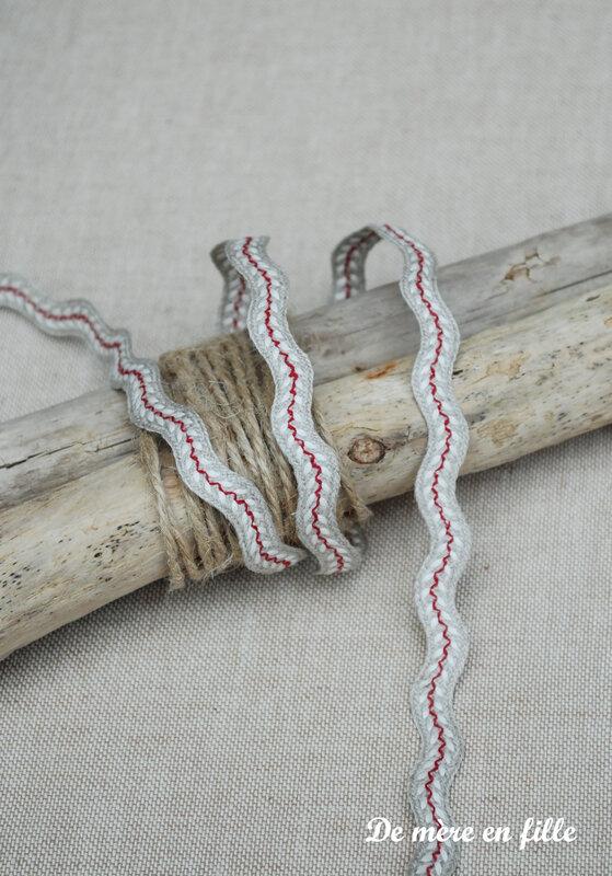 serpentine lin épis rouges et blancs