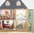 13) Maison de poupées