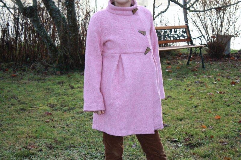 future maman : manteau de face