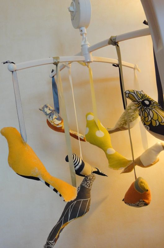The bird mobile (view #2)