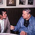 Moment Captured : Rencontre entre Michael Jackson et Jackie <b>Gleason</b> à Miami, en novembre 1984