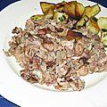 Andouillettes éclatées façon María et pommes de terre sautées à la <b>graisse</b> de <b>canard</b>
