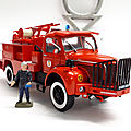 Berliet glc 28 4x4 vif. collection pompiers hachette. #94. 1/43.