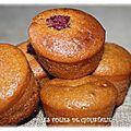 Muffins au caramel et framboises