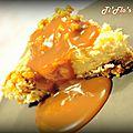 Cheesecake speculoos, vanille, noix caramélisées et coulis de caramel au beurre salé