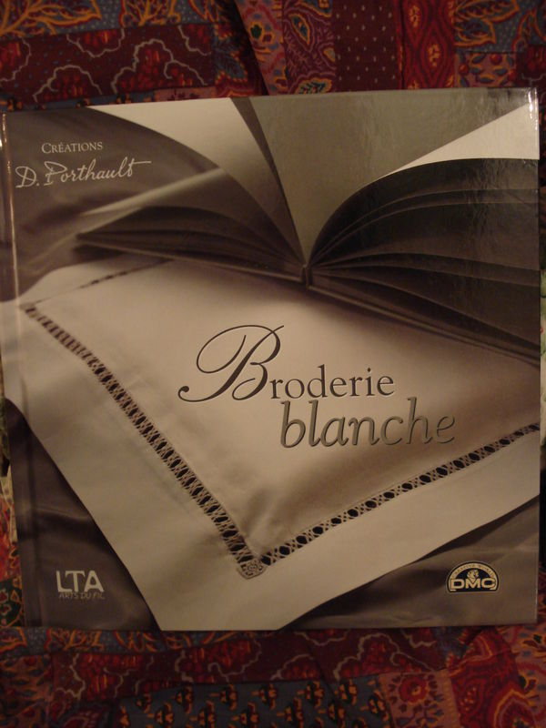 BRODERIE BLANCHE