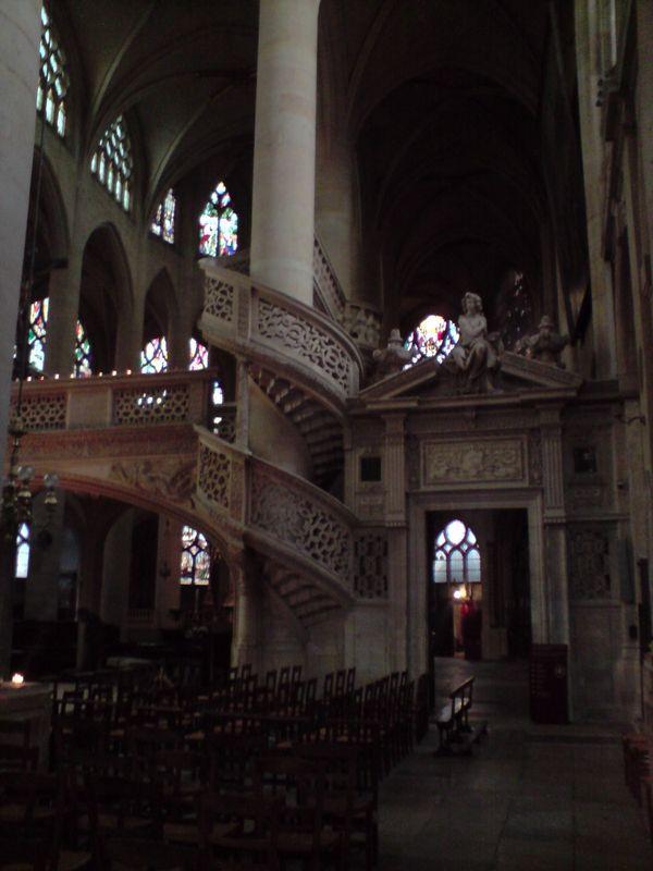 Eglise St-Etienne du Mont (intérieur)