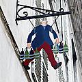 enseigne Pau <b>Pyrénées</b>-Atlantiques