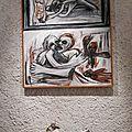 Ragel. Sur la table, sculptures de Chenet