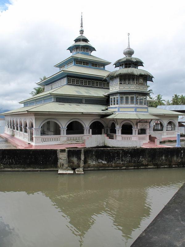 Mosquee (Lac Maninjau, Sumatra)