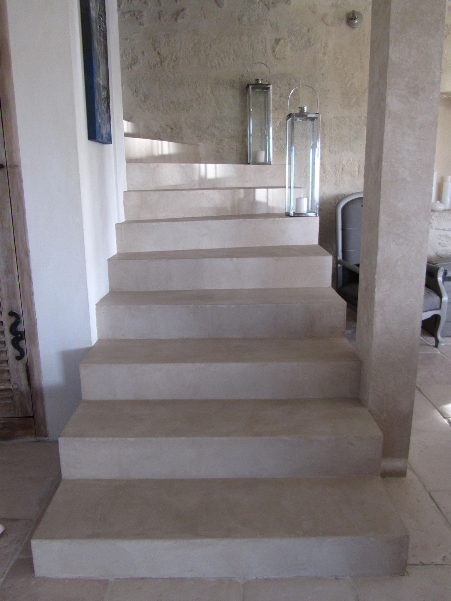 escalier en beton cire couleur pierre photo de beton. Black Bedroom Furniture Sets. Home Design Ideas