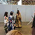 Jolis costumes pour combats chorégraphiés (1)
