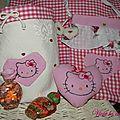 Ensemble tissu hello kitty : vide-poche, coeur et petit sac