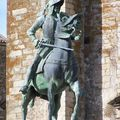 Trujillo-Plaza Mayor statue de Pizarro'