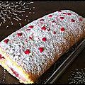 Biscuit roulé fraises & mousse de lait