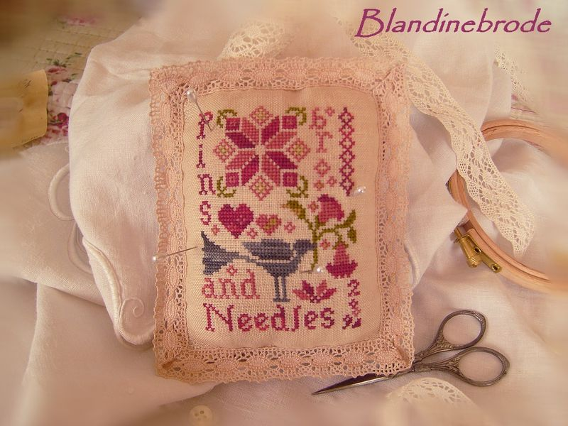 Pins and needle de Blacbird Designs