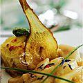 Rôti de canard au foie gras, gratin dauphinois, poêlée de poires et cristallines de poires, sauce vinaigre balsamique........