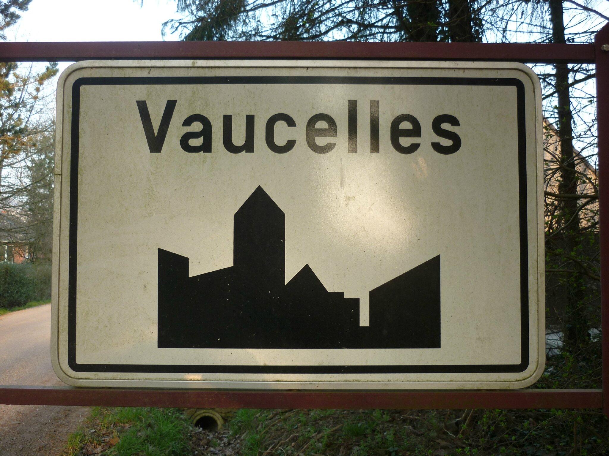 Plaque VAUCELLES Fauville P1030230