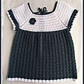Une robe au crochet pour manon
