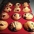 Muffins super moelleux aux fruits rouges 061