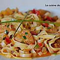 Sauté de porc aux radis accompagné de nouilles de riz