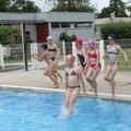 Les cm à la piscine de loué