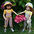 Serena et Annie en salopette d'été